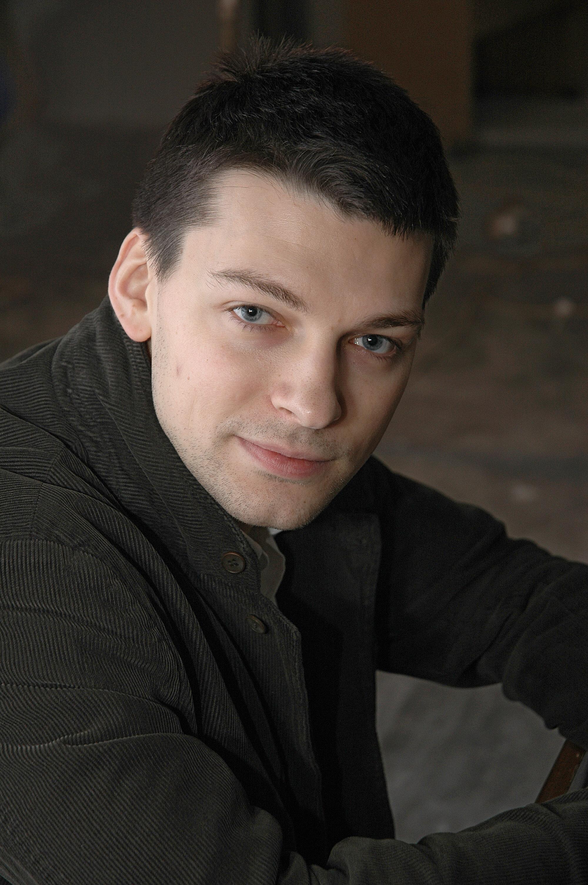 Зарегистрирован 2010-03-09. и вот этот актёр, забыла как его зовуть…
